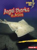 Angel Sharks in Action (Lightning Bolt Books Shark World)