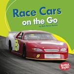 Race Cars on the Go (Bumba Books Machines That Go)