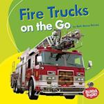 Fire Trucks on the Go (Bumba Books Machines That Go)
