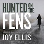 Hunted on the Fens af Joy Ellis
