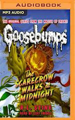 The Scarecrow Walks at Midnight (Classic Goosebumps)