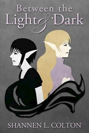 Bog, paperback Between the Light and Dark af Shannen L. Colton