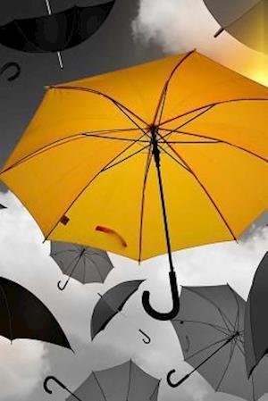 Bog, paperback A Yellow Umbrella Journal af Cs Creations