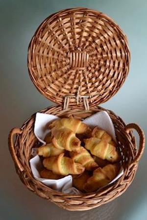 Bog, paperback Homemade Mini Croissants in a Breadbasket Journal af Cs Creations