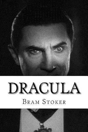 Bog, paperback Dracula af Bram Stoker