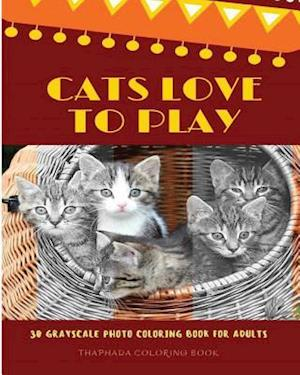 Bog, paperback Cats Love to Play af Thaphada Coloring Book