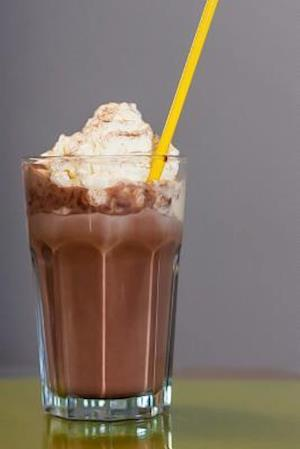 Bog, paperback Chocolate Milkshake with Whipped Cream Journal af Cs Creations