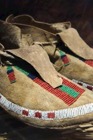 Bog, paperback Vintage Arapaho Moccasins Native American Indian af Unique Journal
