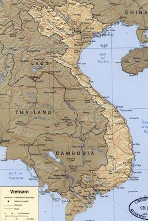 Bog, paperback A Relief Map of Vietnam af Unique Journal