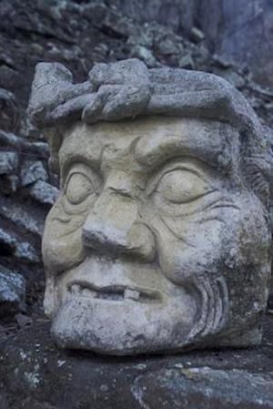Bog, paperback Head from Mayan Ruins of Copan in Honduras Journal af Cool Image