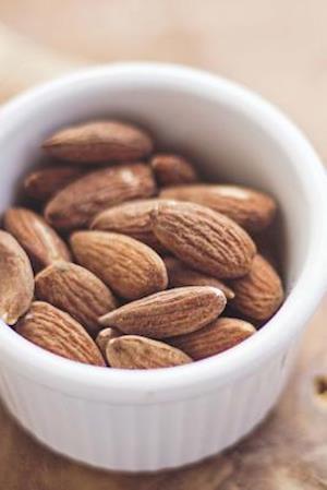 Bog, paperback Bowl of Almonds Journal af Cool Image