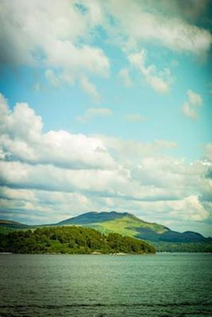 Bog, paperback A View of Bonnie Loch Lomond Scotland Journal af Cs Creations