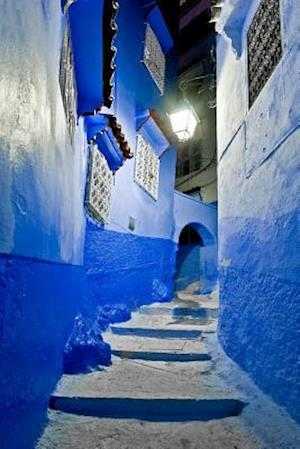 Bog, paperback A Night View on a Street in the Blue City of Chefchaouen Moracco Journal af Cs Creations