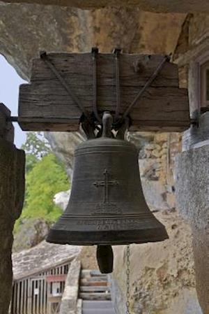 Bog, paperback The Warning Bell at Maison Forte de Reignac in Aquitane, France af Unique Journal