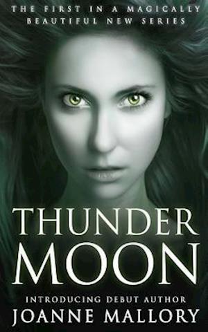 Bog, paperback Thunder Moon af Joanne Mallory