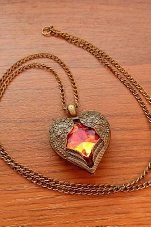 Bog, paperback The Golden Heart Necklace Journal af Cool Image