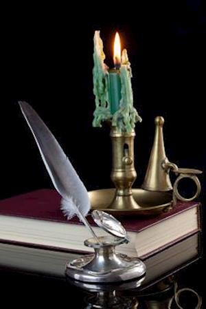 Bog, paperback A Vintage Inkwell, a Quill Pen, and a Green Candle Journal af Cs Creations