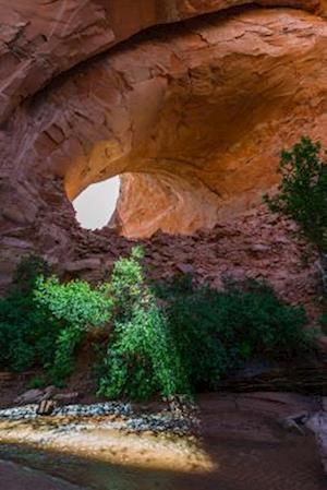 Bog, paperback Sun Peeking Through the Jacob Hamblin Arch (Lobo Arch) Utah USA Journal af Cs Creations
