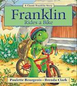 Franklin Rides a Bike af Paulette Bourgeois