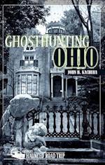 Ghosthunting Ohio af John B. Kachuba