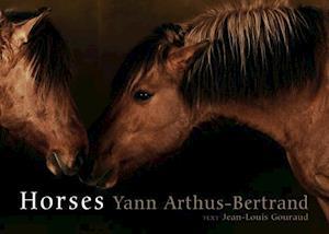 Bog, hardback Horses af Yann Arthus-Bertrand, Jean-Louis Gouraud