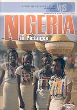 Nigeria In Pictures (Visual Geography Series, nr. 3)