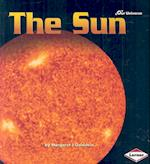 The Sun (Our Universe Series, nr. 11)