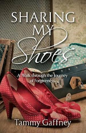 Bog, paperback Sharing My Shoes af Tammy Gaffney