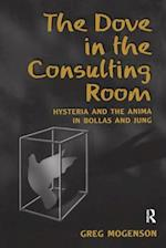 The Dove in the Consulting Room af Greg Mogenson