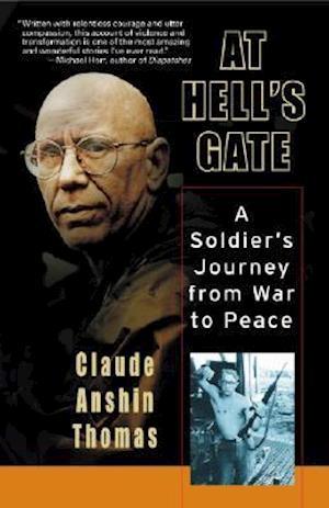 Bog, paperback At Hell's Gate af Claude Anshin Thomas