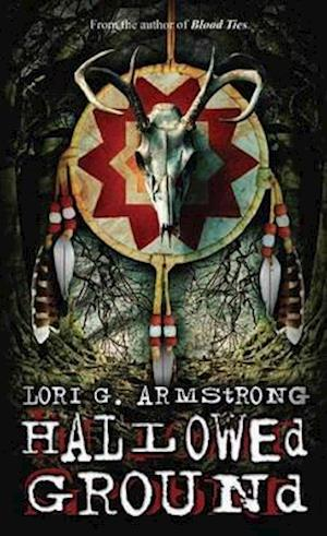 Bog, paperback Hallowed Ground af Lori G. Armstrong