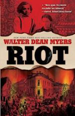 Riot (Fiction Young Adult)