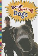 Bomb-Sniffing Dogs (Animals With Jobs)
