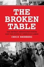 Broken Table af Chris Rhomberg