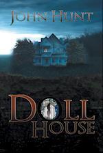 Doll House af John Hunt