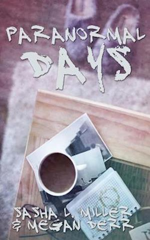 Bog, paperback Paranormal Days af Sasha L. Miller, Megan Derr