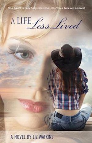 Bog, paperback A Life Less Lived af Liz Watkins