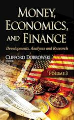 Money, Economics, and Finance af Clifford Dobrowski