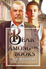 Bear Among the Books af T.J. Masters