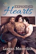 Expanded Hearts af Logan Meredith