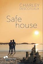Safe House af Charley Descoteaux