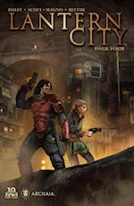 Lantern City #4 af Mairghread Scott