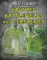 Haunted Battlefields and Cemeteries af Alex Summers
