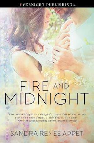Bog, paperback Fire and Midnight af Sandra Renee Appet