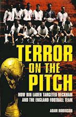 Terror on the Pitch af Adam Robinson