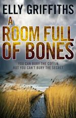 Room Full of Bones (The Dr Ruth Galloway Mysteries)
