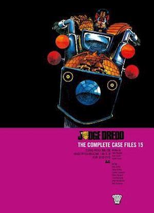 Bog, paperback Judge Dredd Complete Case Files 15 af John Wagner