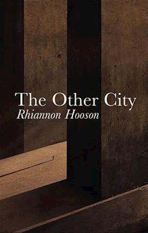 Bog, paperback The Other City af Rhiannon Hooson