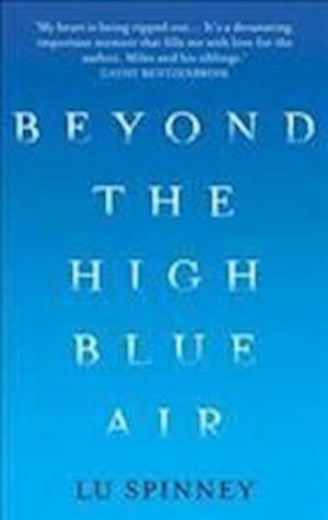 Bog, paperback Beyond the High Blue Air af Lu Spinney