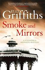 Smoke and Mirrors (Stephens and Mephisto, nr. 2)